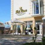 Das komfortable Hotel Krol Plaza SPA liegt im malerischen Seebad Jaroslawiec!