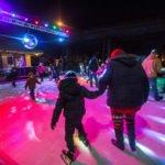 """Die Stadt Rockford (Illinois) lädt bei """"Stroll on State"""" auch zum Eislaufen ein."""