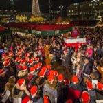 Das Weihnachtssingen auf dem Rathausmarkt für den guten Zweck _ Verwendung honorarfrei (c)Axel herzig