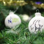 Auf das Weihnachtskugel-Paket kann bis zum 13. Dezember geboten werden _ Verwendung honorarfrei (c)N-JOY
