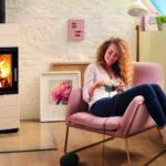 Smarter Kaminofen: LED-Anzeige gibt grünes Licht für sauberes Heizen
