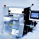 """Automatische T-375 Tischmaschine mit ZEBRA-Thermodrucker und der """"next bag out""""-Methode. (Bildquelle: BAGMATIC® GmbH)"""