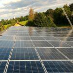 Sonnenstrom für Reiterhof: Sun Contracting errichtet 227 kWp Contracting am Main