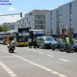 Bustouristik-Blockade Wiesbaden:Mainzerstraße wegen Demonstration gesperrt