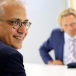 """Wirtschaftsminister Al-Wazir auf seiner """"EinBlick""""-Tour zu Besuch bei Controlware"""
